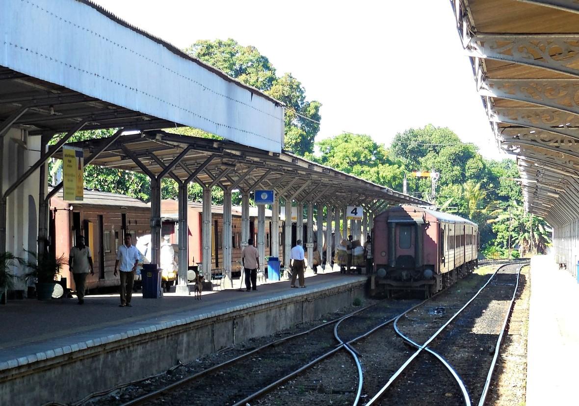 Sri Lanka - Train Colombo-Ohiya (2)
