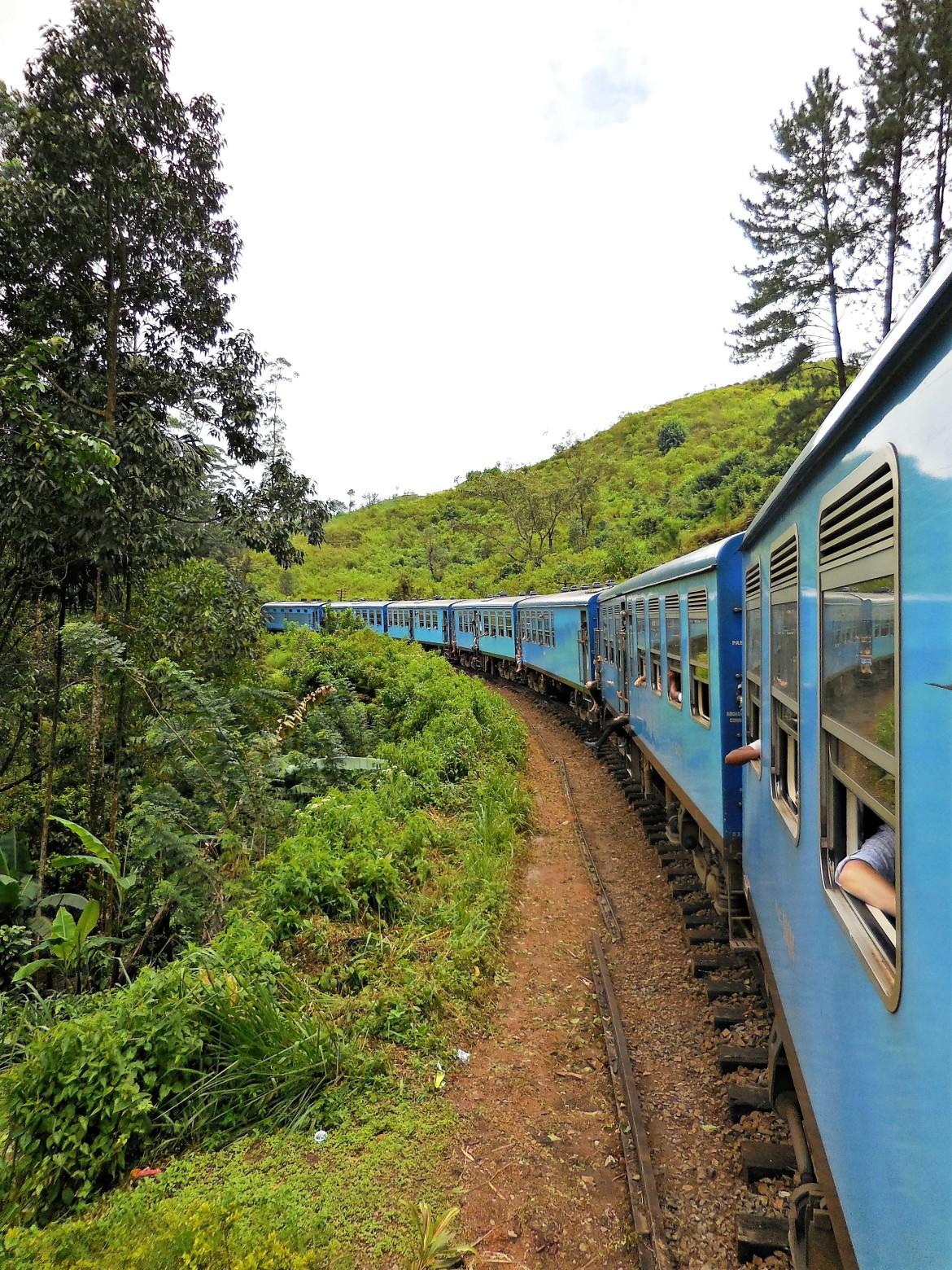 Sri Lanka - Train Colombo-Ohiya (4)