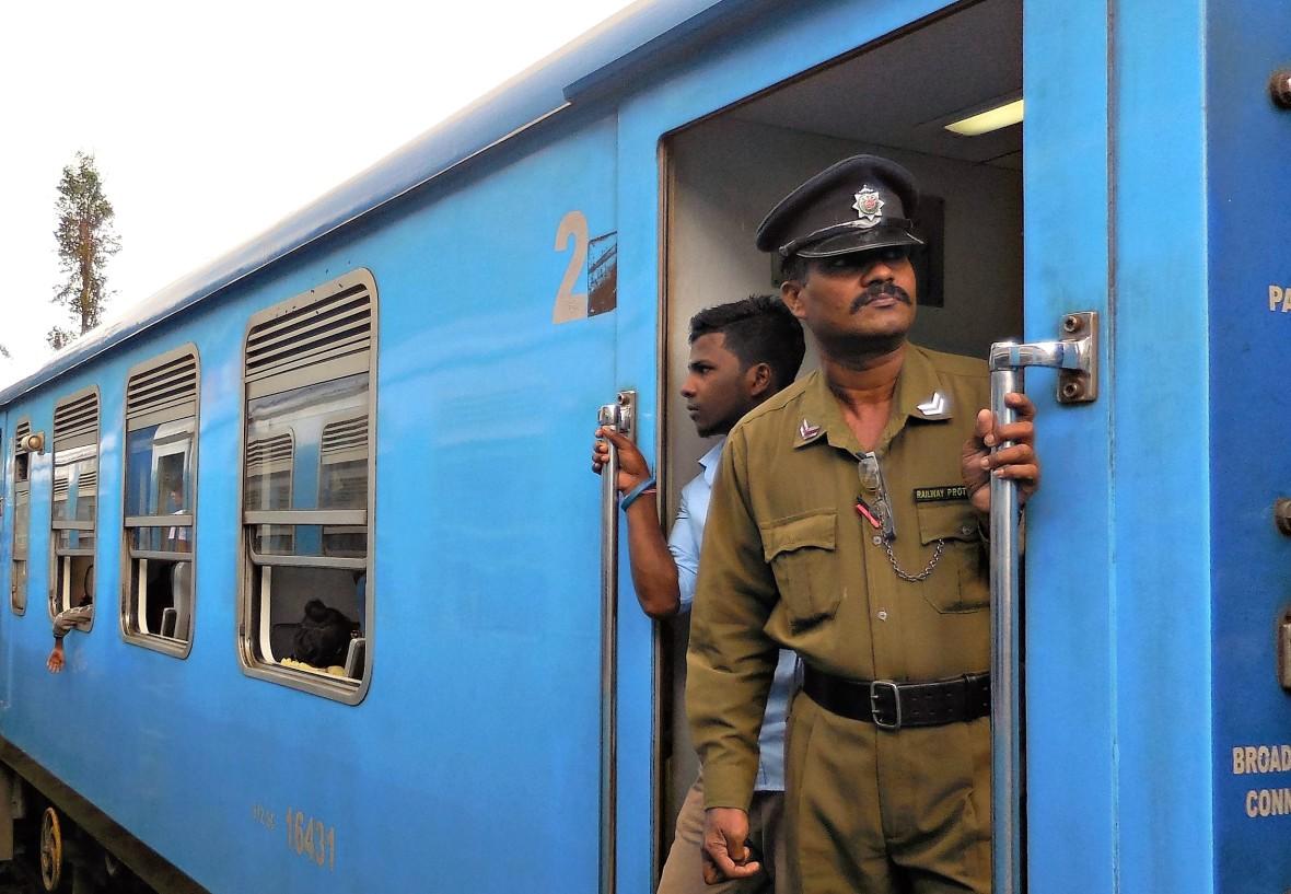 Sri Lanka - Train Colombo-Ohiya (5)